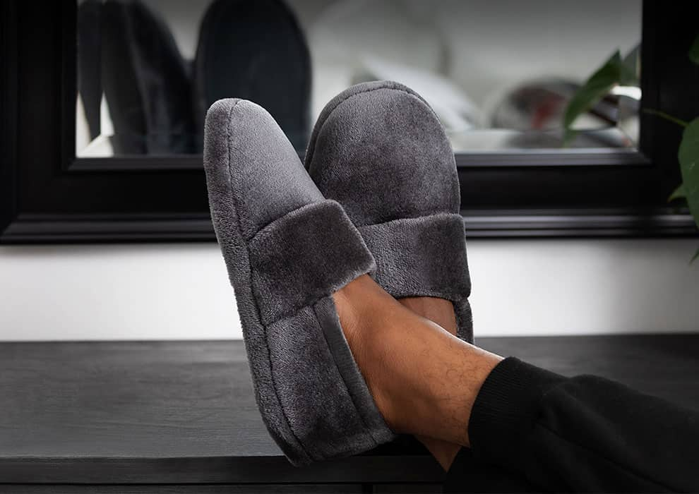 SnugToes - Heated Slippers